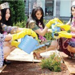 Miss Earth Indonesia 2012, Chelsy Liven dukung POLA PEDULI 