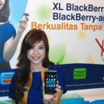 XL Luncurkan Bundling BlackBerry Z10