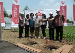 Ground breaking pict