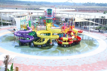 Go! Wet Water Park Grand Wisata