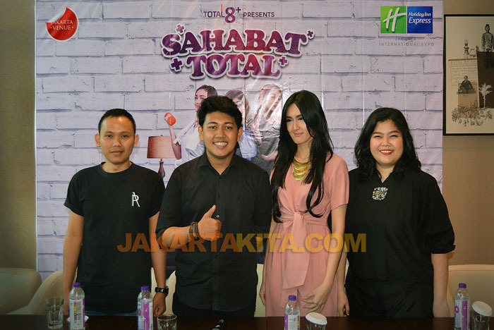 'Sahabat Total' Hadirkan Sensasi Serial 'Friends' di Kanal You Tube