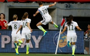 carli lloyd kicking corner flag