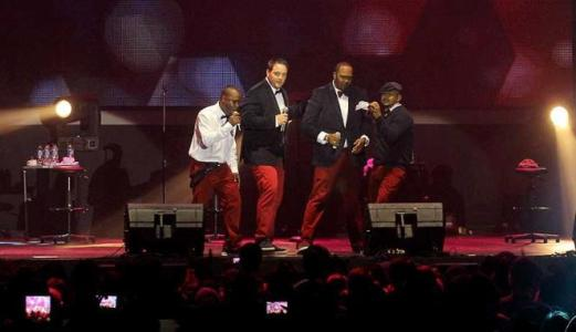 grup r&b all 4 one